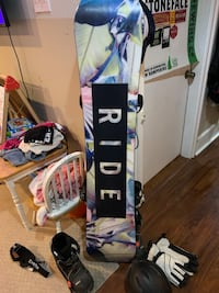 Ride Baretta snowboard women 145 SET BINDINGS, boots, helmet gloves