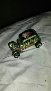 Hot wheels - 1968 - model '32 ford Vicky