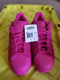 Pink Adidas shoes, Mens size 10 Barrie, L4N 5K6