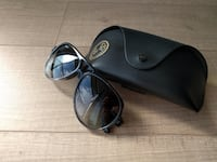 Black framed ray-ban sunglasses with case Mississauga, L5B 2C9