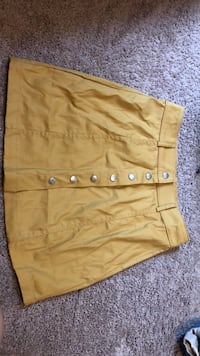 skirt  size small  Germantown, 20874