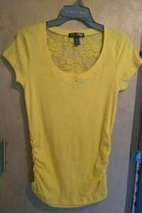 NEW Zena Brand Canary Yellow Top Los Angeles, 90011