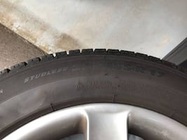 Four Michelin (Winter) Tires with Rims/Wheels (235/55R17)