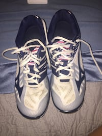 pair of black-and-white Nike basketball shoes Colfax, 27235