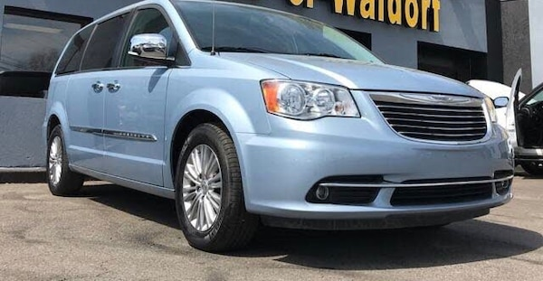 Chrysler - Town and Country - 2016