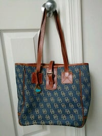 Dooney & burke purse Alexandria, 22311