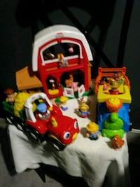 Little people play set.
