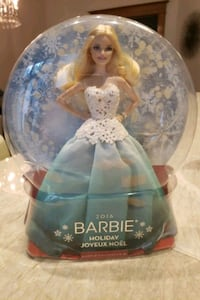 2016 holiday barbie. Barie collector Toronto, M6R 1P8