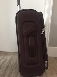 AIR express good luggage small  Vancouver
