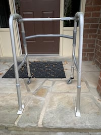 Aluminum elderly walker