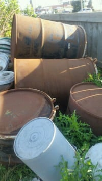 50 gallon oil drums and 17 litre pails Edmonton, T6E 0P3