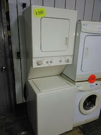 Laundry unit electric very clean in great working