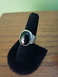 Sterling silver and onyx ring size 6.5 Washington, 15301