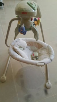baby's white and pink cradle n swing Salinas, 93906