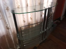Glass Table Stand