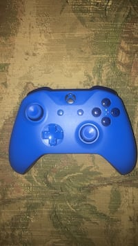 Blue custom Xbox One wireless controller Pompano Beach, 33060