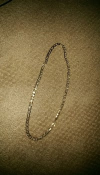Gold chain necklace with lobster lock Edmonton, T6L 2A9