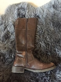 Size 7 TOWNSHOES boot Kelowna, V1Y 6R2