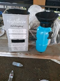 blue and black plastic container Porterville, 93257