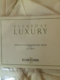 Bedskirt by Williams sonoma Charleston, 29455