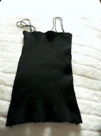 Women's black top  Toronto, M6K 1X9