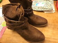 New brown leather boots Gap, 17527