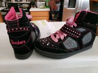 Sketchers size 1 pair of black-and-pink sneakers Laredo, 78043