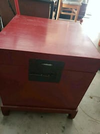 Red storage box with stand Agoura Hills, 91301