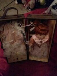 two girl dolls boxes Hope Mills, 28348