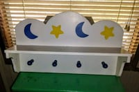 Wooden stars and moons wall shelf with hooks Macon, 31216
