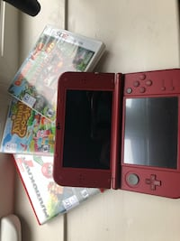 Red nintendo 3ds with game case Prince Edward, K0K