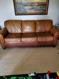 Leather couch by Ethan Allen  Fountain Valley, 92708