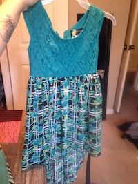 Young girls dress size 8 Myrtle Beach, 29577