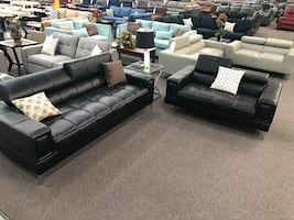 New Modern Couch/Love Seat. Black Leather. Delivery included!