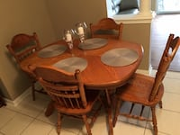 Kitchen Table and Chairs  WOODBRIDGE