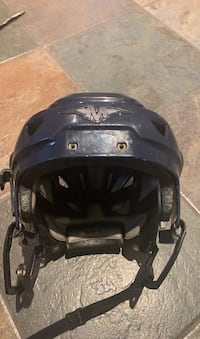 Hockey helmet-size medium Toronto, M8W 1W9