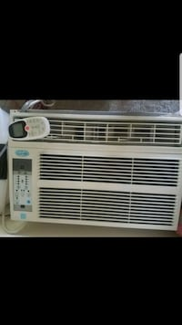white window type air conditioner Silver Spring, 20904