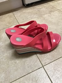 Pair of pink open-toe sandals Richmond, V7E 5V6