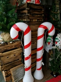 """39"""" blowmold candy canes Hagerstown, 21740"""