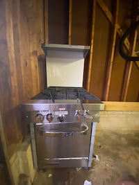 Mobile Stove/Oven (Commercial kitchen grade)