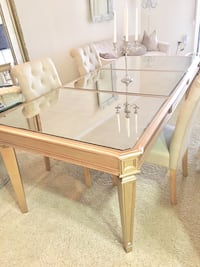 Z gallerie dining table no chairs Los Angeles, 90017
