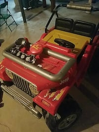 toddler's red Jeep Wrangler ride-on toy Troy, 48085
