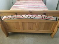queen size bed and frame  Lancaster, 93536