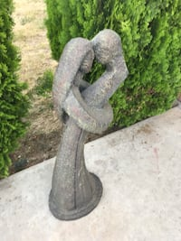 Lovers Embracing Lovers Embracing Contemporary sculpture Contemporary sculpture Moreno Valley, 92553