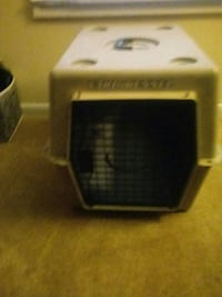 white pet carrier Wilmington, 28403