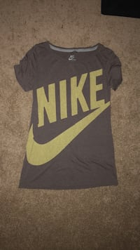 black and gray Nike crew-neck shirt North Las Vegas, 89032
