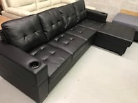 Brand new black faux leather sectional sofa with cup holder on arm rest warehouse sale  多伦多, M1P 3E6