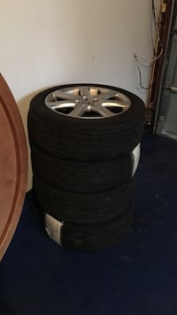 4. tires, p215/50r17 michelin.  on acura rims. Summer tires Barrie, L4N 8K9