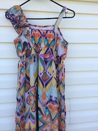 women's multicolored floral sleeveless dress Calgary, T1Y 2X5