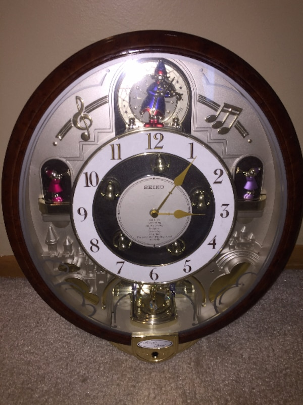 Used Seiko Melodies In Motion Musical Wall Clock Plays 8 Beatles